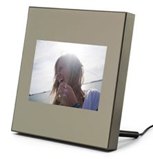 PICTURE PERFECT: Parrot's high-end digital picture frame has built-in NFC functionality