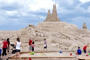 BEACH GAMES: Visitors to Lappeenranta's Sandcastle will be loaned NFC phones to follow a poster-driven quiz trail