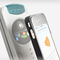 DeviceFidelity iCaisse NFC case for iPhone 4
