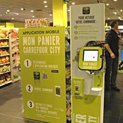 A Carrefour 'Mon Panier' kiosk with NFC