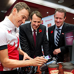 CIBC and Rogers launch their NFC payments service