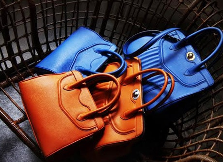 Delage handbags with NFC authentication chip