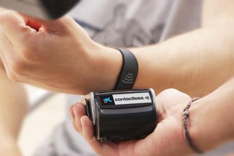 CaixaBank_Visa_contactless_wristband