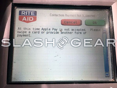 A Rite Aid POS terminal rejects an Apple Pay transaction