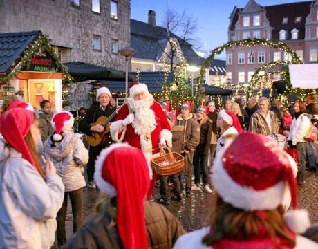BlipTrack caputures shiopper behaviour at Christmas market