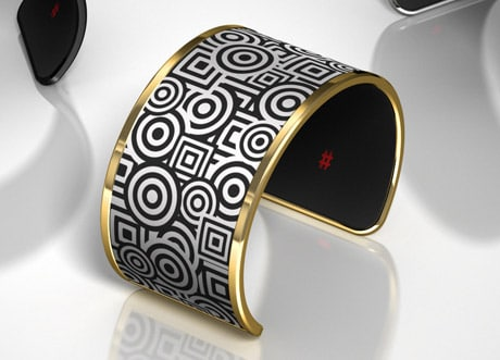 Liber8's Tago Arc bracelet with NFC and a wraparound e-ink display
