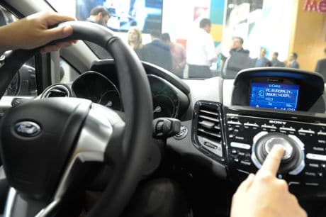 CaixaBank voice controlled app Línea Abierta Basic works with vehicles fitted with Ford SYNC with AppLink