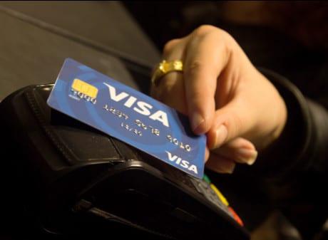 A Visa contactless card