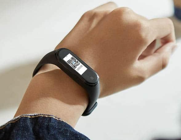 smart band on wrist