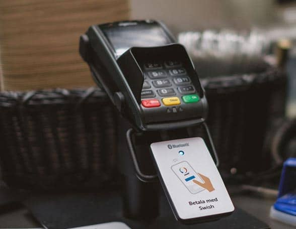 Payment terminal and card