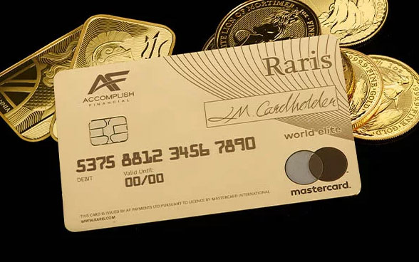 Raris 18-karat gold debit card
