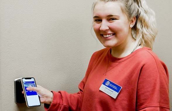 South Dakota State University student uses NFC ID iphone