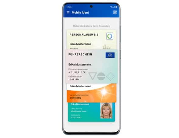 Samsung Galaxy S20 with German eID app