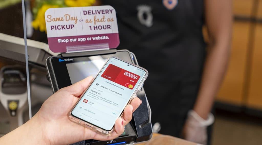 Kroger NFC contactless payment smartphone app