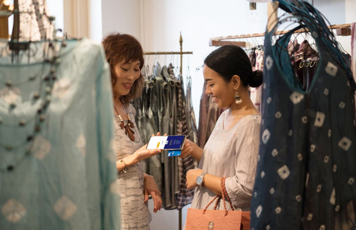 Visa Tap to Phone shoppers in Asia