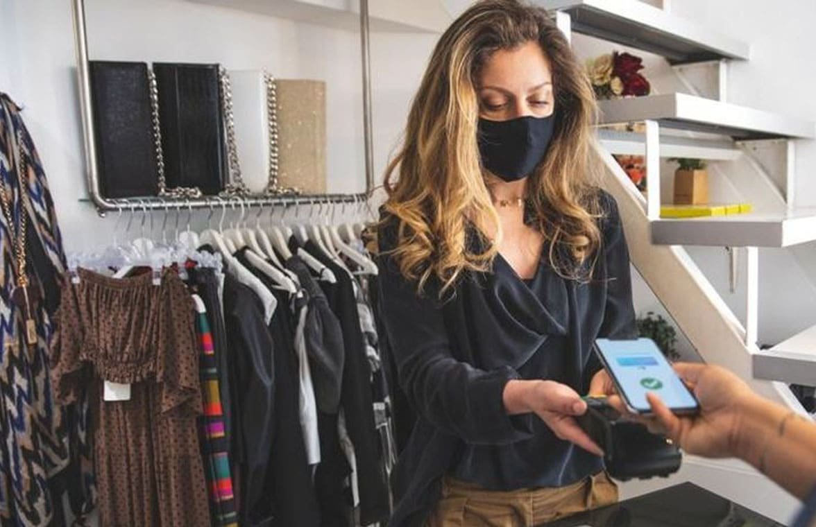 Mobile contactless payment in a shop