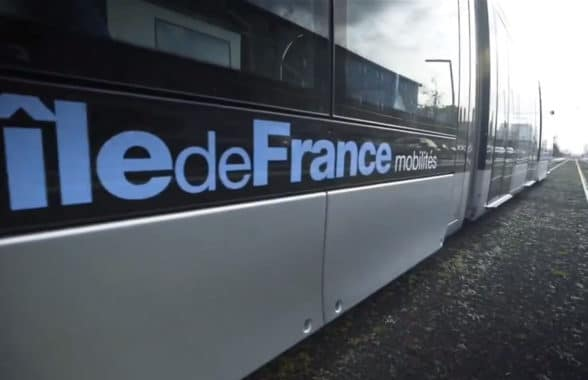 Île-de-France Mobilités logo on side of train