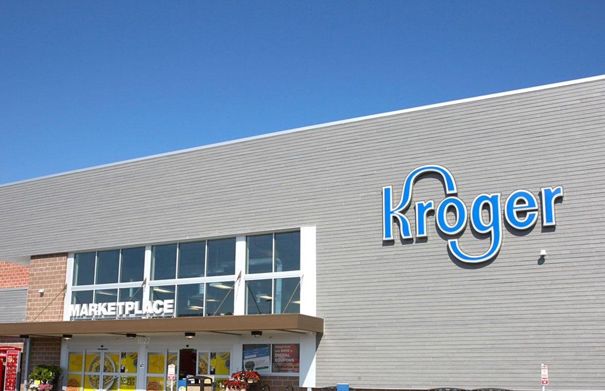 Kroger grocery shop front