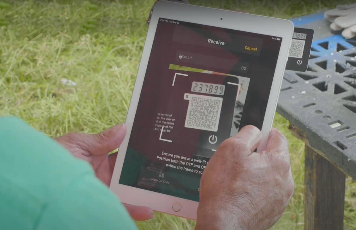 Bahamas digital currency transaction via card and tablet